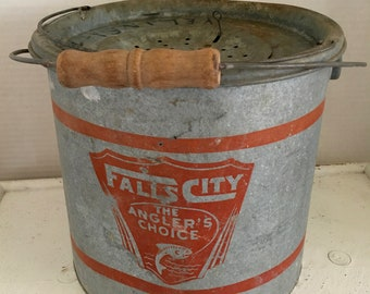 Vintage Minnow Galvanized Bucket/#10