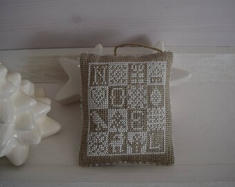 Decoration of door white cross-stitch Embroidery Noël Coussin bead Pearl