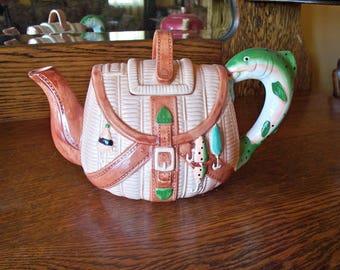 Fishing Basket Tea Pot