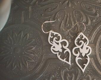 Swoop Earrings in white