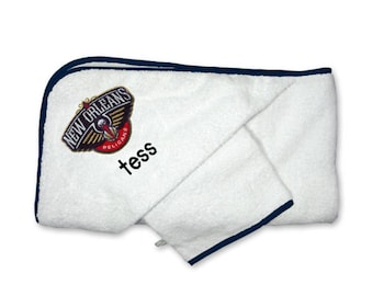 Personalized New Orleans Pelicans Baby Hooded Towel Set