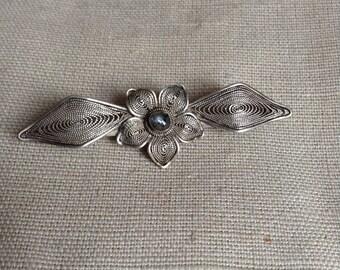 1920's filigrane brooch.