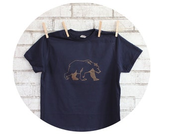Bear Tshirt, Youth Cotton Crewneck Short Sleeved Navy Blue Screen-printed Shirt, Graphic Tee Shirt, Wild Animal T Shirt, kid's clothes