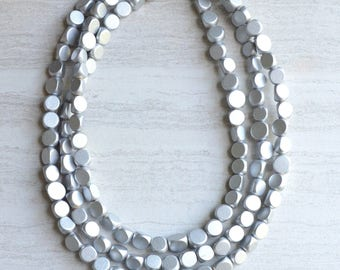 Nicoline - Long Silver Wood Bridesmaid Statement Necklace