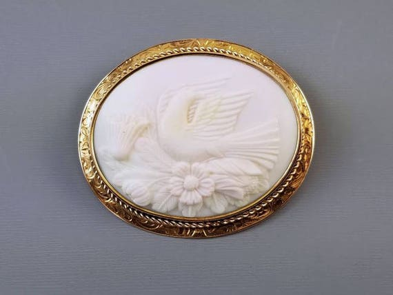 HUGE Antique Victorian 14k gold hand carved pink shell Dove of Peace cameo brooch pin pendant necklace