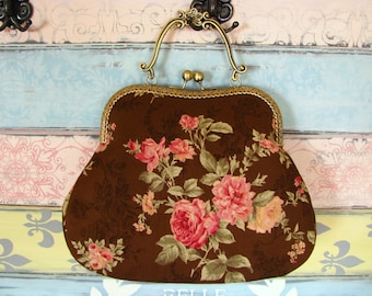 Vintage evening clutch purse with roses, kiss lock purse, metal frame purse, purse with handle