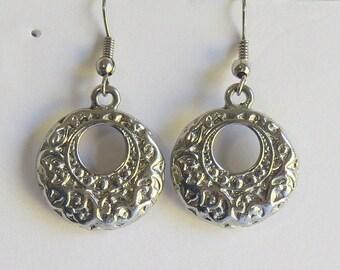 Vintage silver tone etched earrings, Dangle earrings
