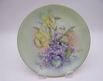 1957 Artist Signed Beautiful Hand Painted German Daffodil Plate