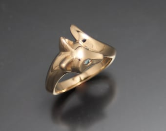 baby fox ring  14 k  with colored  diamond eyes