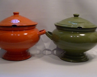 Mid Century Mod Green or Orange ENAMELWARE Soup Tureen - Vintage