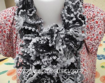 Wool scarf gray with small PomPoms
