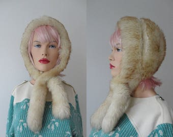 Cool Ivory/Brown 70s Vintage Lamb Skin Fur Hat // One Size