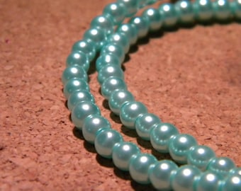 100 beads glass Pearl 4 mm - iridescent metallic blue - PF103