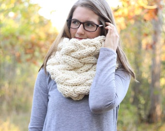 Ready To Ship // Chunky Knit Cowl // Chunky Cowl // Oversized Winter Scarf // Oversized Cowl // Cable Knit Scarf