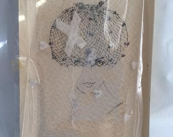 GLAMOUR VEIL HAT vintage 60s Velvet hearts and bows on white netting D3
