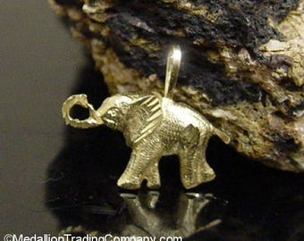 CUTE! 14k Yellow Gold Diamond Cut Trunk Up Good Luck Elephant Pendant