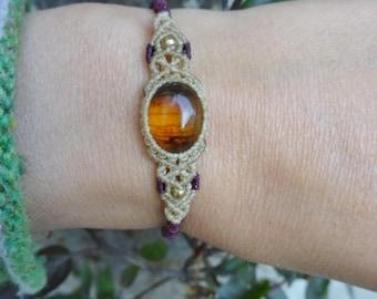 macrame bracelet with amber, micro macrame bracelet, amber bracelet, natural stone bracelet, minimalist bracelet