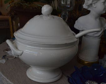 White Dutch Societe Ceramique Maaestricht tureen with ladle