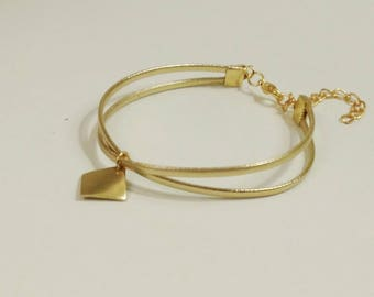 Chic gold cross Center cross bracelet