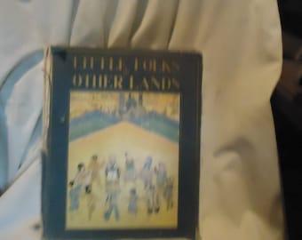 Vintage 1929 petites gens de livre d'autres terres enfants relié, à collectionner