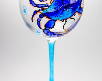 Hand Painted Wine Glasses Crab Decor, Custom Wine Glass Gift Ideas for Women Beach Wedding Glasses Bridesmaid Gift