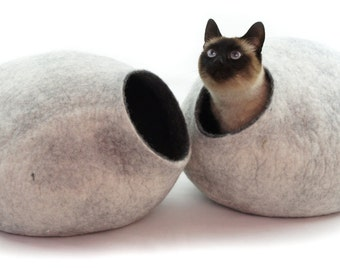 Cat bed, house, cave. Size XL. Natural felted sheep wool. Color snow grey. Made by kivikis.