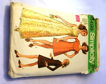 Vintage 1960s Simplicity 8498 dress in street or maxi length, sleeveless, short or long sleeves sewing pattern