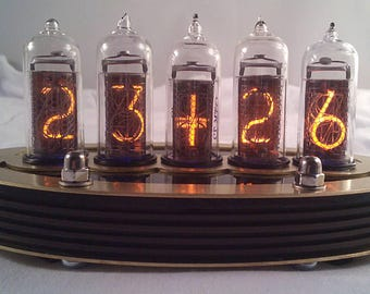 5-tube IN14 Nixie clock (Assembled and ready to use, with brass top)