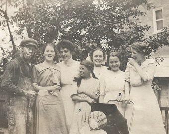 """Vintage Photo """"House Painter Makes A Funny Face"""" Victorian-Era Girls Get The Giggles Odd Strange Weird Found Vernacular Photograph"""