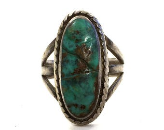 70s Navajo Turquoise & Sterling Silver Ring / Vintage Old Pawn Native American Jewelry / Hippie Boho Southwest Western / Size 7.5