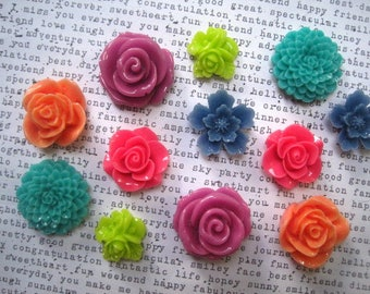 Bright Colored Magnets, 12 pc Flower Magnets, Lilac, Pink, Lime Green, Cornflower BLue, Sage, Coral, Hostess Gifts, Wedding Favors