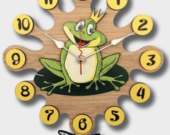 Pendulum Wall Clock Frog