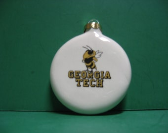 A 3 inch round ceramic Georgia Tech Yellow Jacket  hanging ornament ...