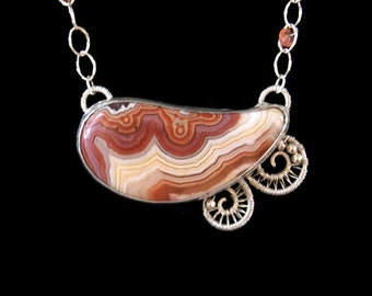 Dryhead agate necklace metalwork and wire wrapped