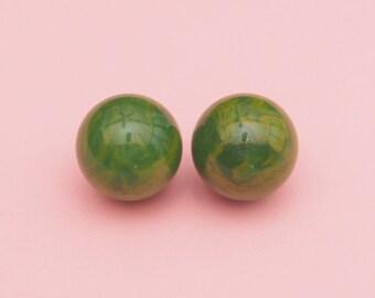 30s 40s Marbleized Bakelite Earrings// Green Bakelite Earrings// Vintage Bakelite Ball Earrings // Art Deco // Mod