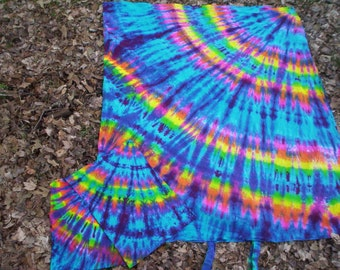 Rainbow Feathers - Duvet Cover or Sheet Set - with matching  pillow cases - Organic Cotton - Tie Dye