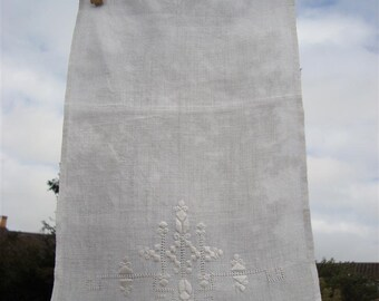 Vintage Whitework Tray Cloth - Antique
