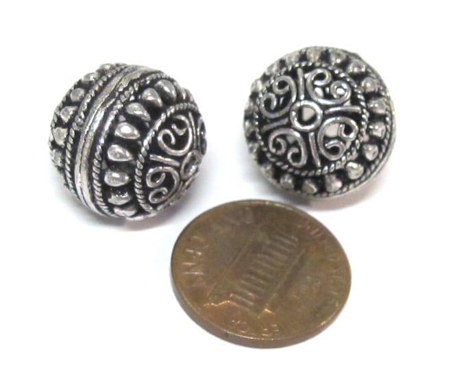 2 BEADS - Large Tibetan  oval shape antiqued silver color finish metal alloy focal beads heart design 16 mm - BD645C