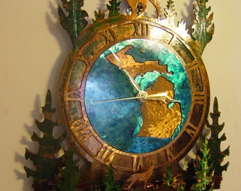 Michigan Deer Clock with Wolf