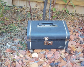 Mid Century 50s-60s Slate Gray/Blue Space-Pac By Neevel Traincase With Mirror/ Compact Cosmetic Case/ Small Neevel Train Case/ 12 X 8 X 6.5