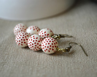 Vintage Inspired Red and Off-White, Cream Polka Dot Beaded Earrings J141-1