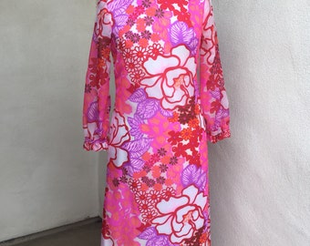 Vintage Mod neon pink floral maxi dress by Carol & Mary Honolulu Sz S/M