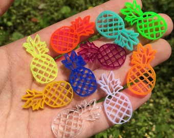 10 PINEAPPLES laser cut acrylic charms (30mm)
