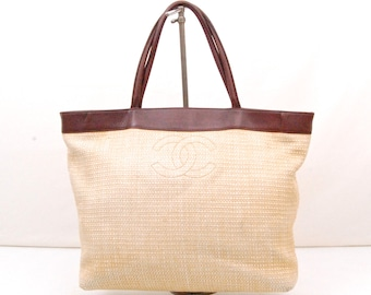 Stunning Vintage Auth CHANEL CC Tote handbag in Linen and Leather