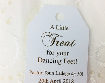 A little treat for your dancing feet, wedding tags, dancing feet tag, wedding favor, flip flop tag, slippers tags, Set of 20