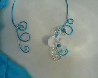 Floral necklace for bride - white and turquoise silver
