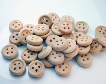 25 Wooden buttons - Small unfinished Wooden Buttons SUP  068