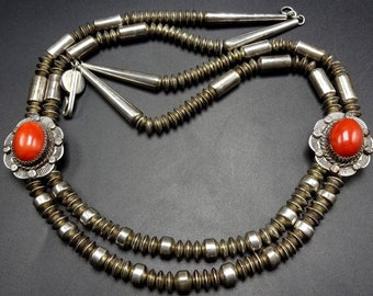 Extraordinary Vintage Yellowhorse Sterling Silver NAVAJO PEARLS & CORAL Necklace