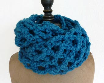 Infinity scarf chunky circle loop neckwarmer crochet scarf circle scarf chunky scarf crochet mesh scarf