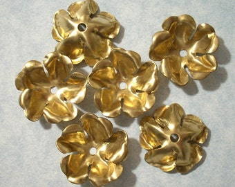 6 Raw Brass Flowers with center hole - 22mm